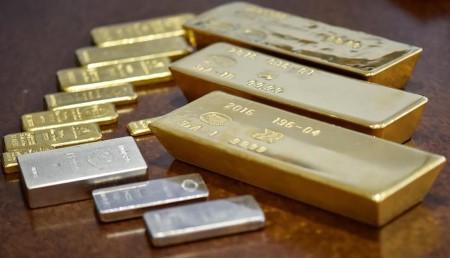 交易担忧黄金上涨 白银突破18美元盎司大关