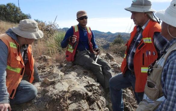 随着白银和黄金继续牛市 Azure Minerals从Teck重新获得Alacran项目